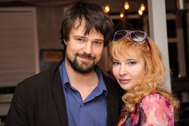Даниил козловский с женой и детьми фото