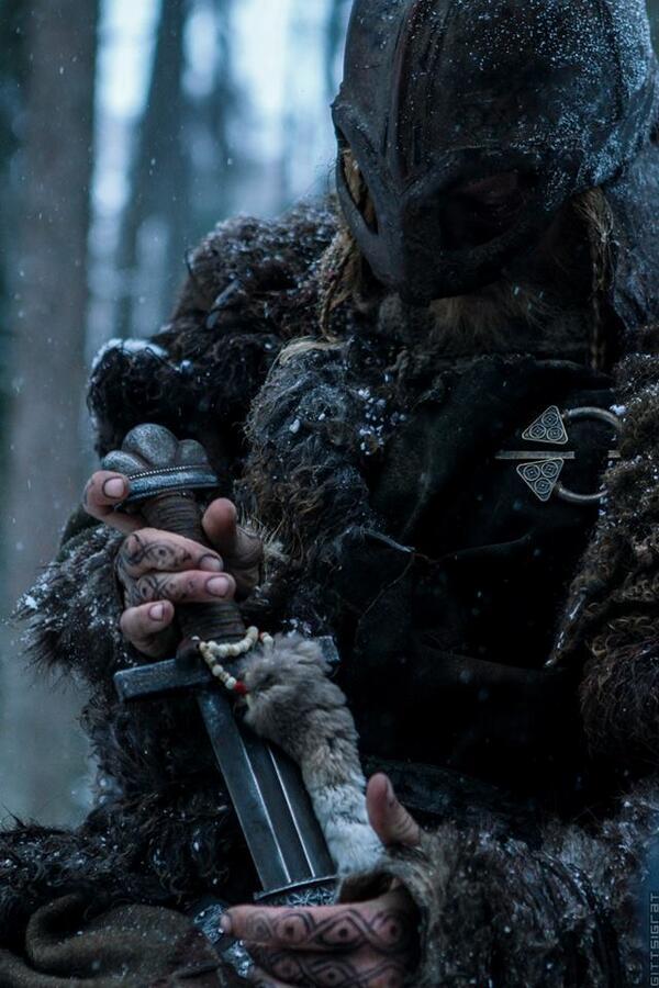 Кадр из фильма 'Викинг'